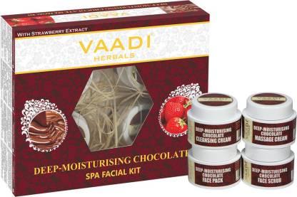 VAADI HERBALS Deep-Moisturising Chocolate SPA Facial Kit with Strawberry Extract 70 GM