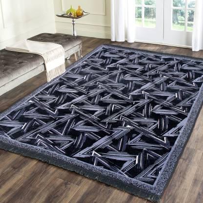 Flipkart Smartbuy Black Chenille Carpet  (136 Cm X 210 Cm)
