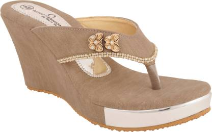 Olive Fashion Women Tan Wedges
