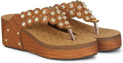 Quriozz Women Tan Wedges