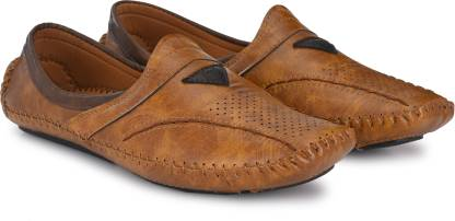 Walkstyle Mojaris For Men