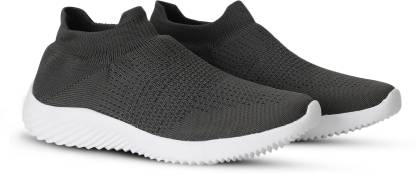 M7 By Metronaut Walking Shoes For Men