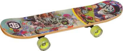 Smartcraft Fiber skateboard Specially designed with a pro pattern and Length of 27 Inches X 6.5 Inches width (Skull Head) 6.5 inch x 6 inch Skateboard