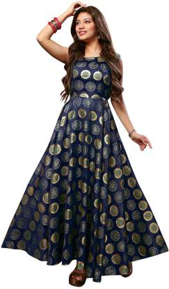 Solid Jacquard Stitched Flared/A-line Gown  (Green)