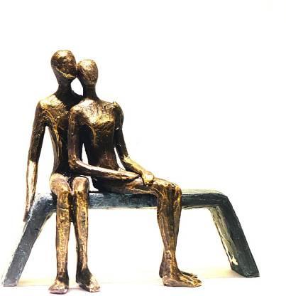 X-Gift Aramani Valentine love romantic couple Decorative Showpiece  -  22 cm