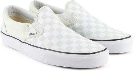 4fd43419e9 Vans Classic Slip-On Slip On Sneakers For Men - Buy (Checkerboard ...