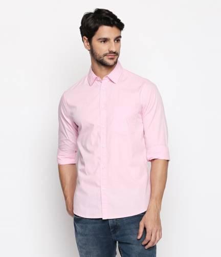 Dennis LingoMen Slim Fit Solid Spread Collar Casual Shirt