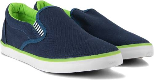 59a45efe665 Flying Machine Canvas Canvas Loafers Price in India
