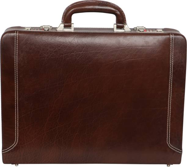 84541a119f3 Brown Briefcases - Buy Brown Briefcases Online at Best Prices In ...