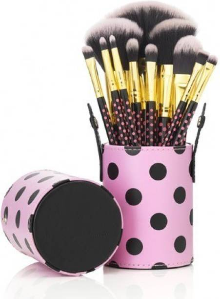 BH Cosmetics Foundation Brush