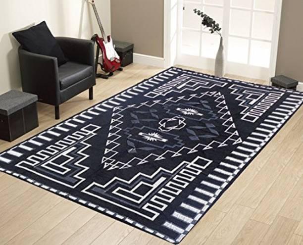 iTrend India Black Chenille Carpet