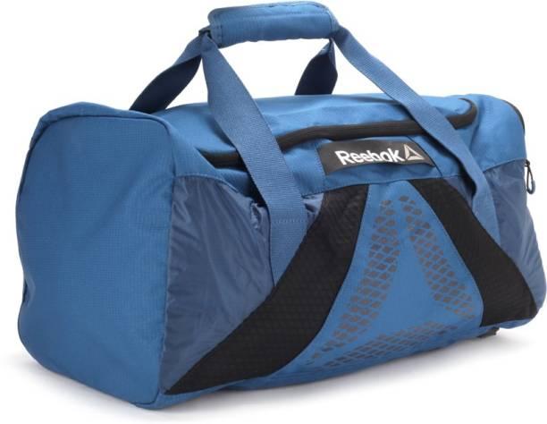 35f20afb259c Reebok Duffel Bags - Buy Reebok Duffel Bags Online at Best Prices In ...