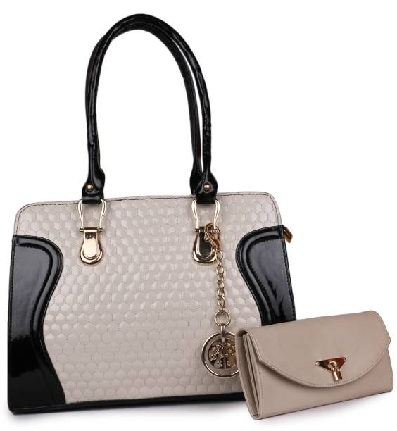 03ba2b9935a Classic Fashions Bags Wallets Belts - Buy Classic Fashions Bags ...