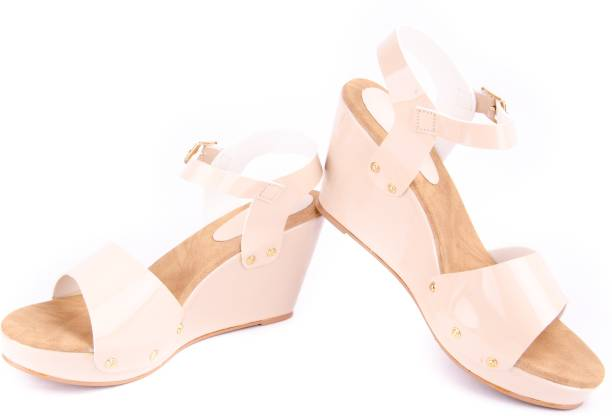 81ab621a5 Elle Wings Womens Footwear - Buy Elle Wings Womens Footwear Online ...