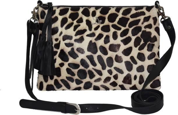 dezerae Girls Casual Black Leatherette Sling Bag