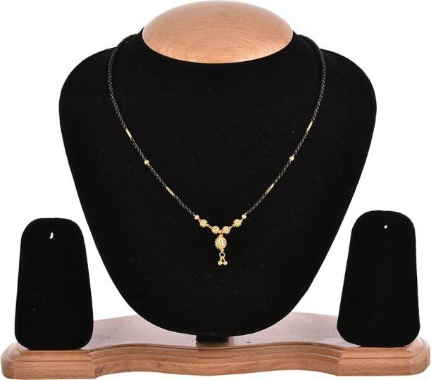 c76f773dfe Zeneme Gold Plated Jewellery Mangalsutra Pendant Necklace with Chain For  Girls And Women Alloy Mangalsutra