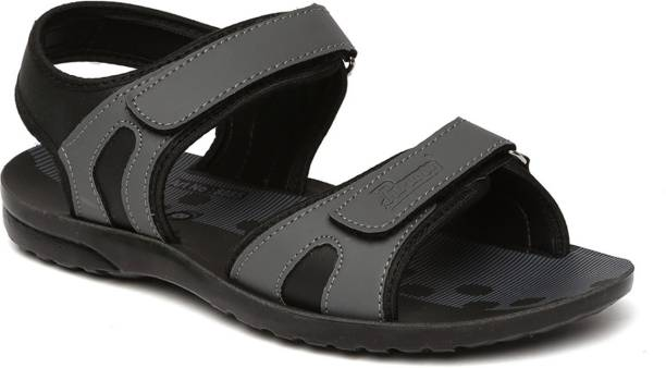 946a642b7 Paragon Sandals Floaters - Buy Paragon Sandals Floaters Online at ...
