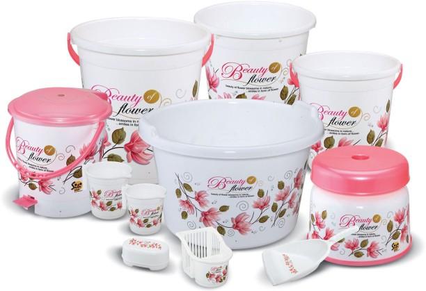 Nayasa buckets online dating