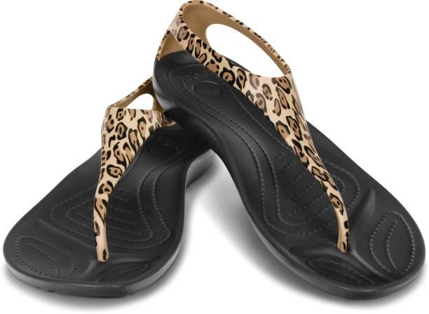 Crocs Slippers   Flip Flops - Buy Crocs Slippers   Flip Flops Online ... ff9ca33f4