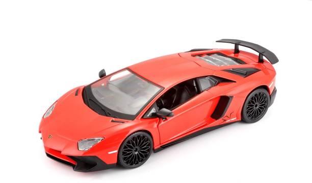 Bburago Die-Cast 1:24 Scale Lamborghini Aventador LP 750-4 SV Car