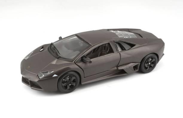Bburago Die-Cast 1:24 Scale Lamborghini Reventon Car