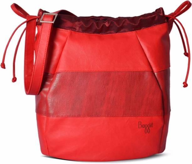 c9ea13c3b18c Baggit Sling Bags - Buy Baggit Sling Bags Online at Best Prices In ...