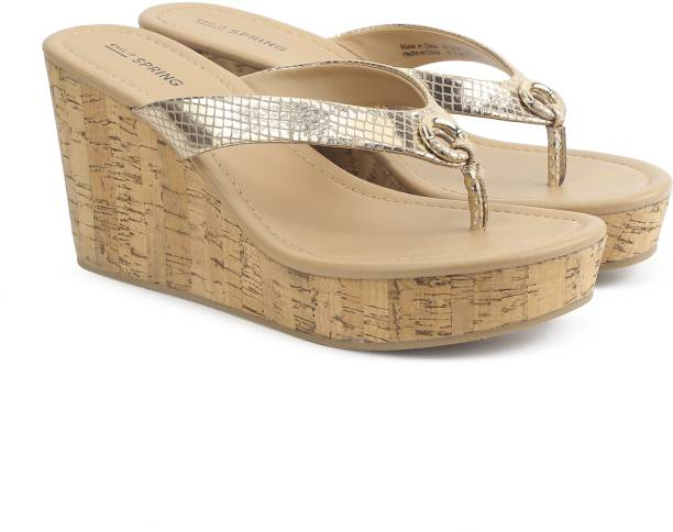 It Spring Women Gold Wedges