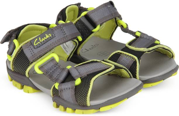 05252dcd82a9aa Clarks Sandals - Buy Clarks Sandals Online at Best Prices In India ...