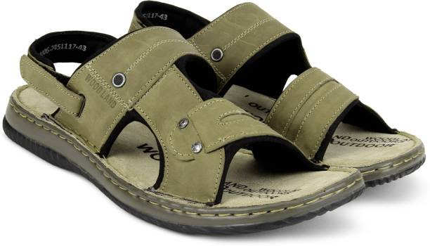725603be5fa4 Men s Footwear - Buy Branded Men s Shoes Online at Best Offers ...