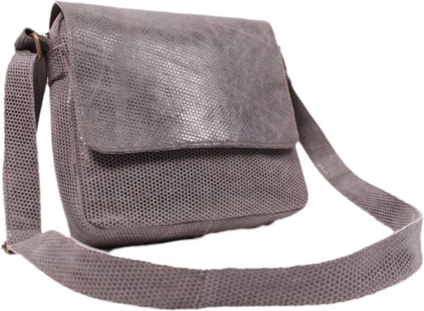 e377c16925bc SS Leathers SS-Leathers-00001 Waterproof Shoulder Bag