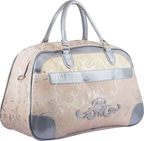 d055944eacfe Purple Duffel Bags - Buy Purple Duffel Bags Online at Best Prices In ...