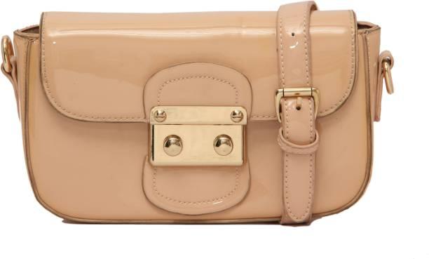 21c5ed0f6728 Louise Belgium Hand-held Bag