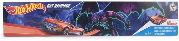 HOT WHEELS Space Bat Rampage trackset includes 1 Die-cast car