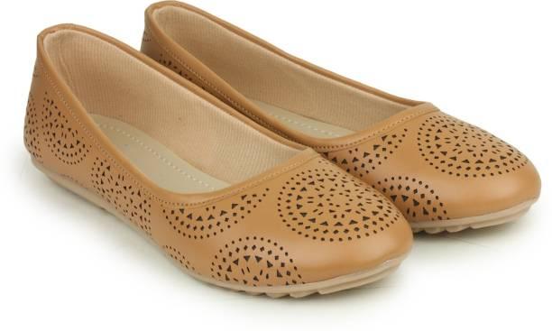 606775e95c41 Shezone Footwear - Buy Shezone Footwear Online at Best Prices in ...