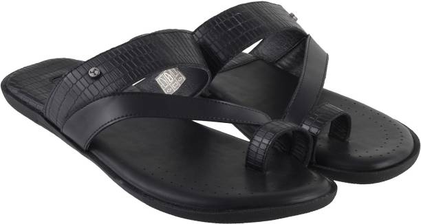 1667ed1cf75e2 Mochi Footwear - Buy Mochi Footwear Online at Best Prices in India ...