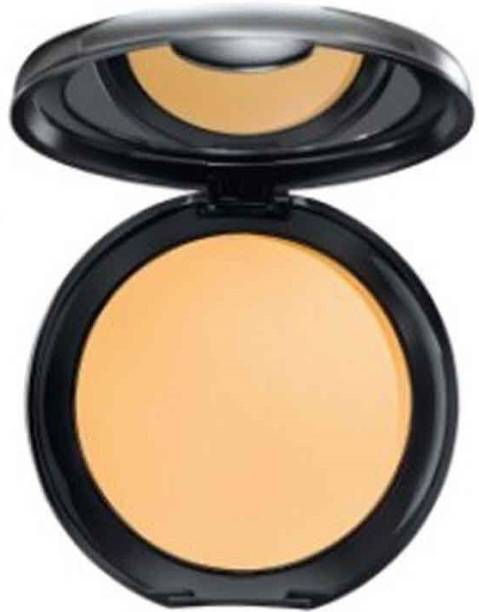 Lakmé Absolute White Intense Wet and Dry Compact-Ivory Fair Compact