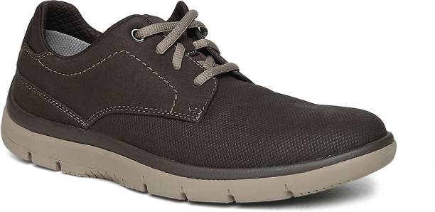 9bdb0ba4f3e Clarks Shoes - Buy Clarks Shoes online at Best Prices in India ...