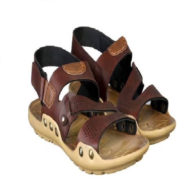 bf94c8665fc5 Walkline Sandals Floaters - Buy Walkline Sandals Floaters Online at ...