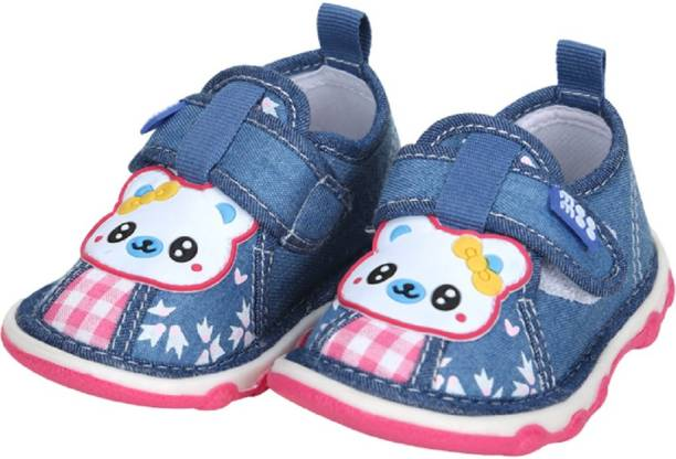 c15f5b57ec28a Meemee Kids Infant Footwear - Buy Meemee Kids Infant Footwear Online ...