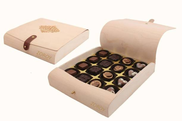 Zoroy Luxury Chocolate Flexi Wooden box of 16 Fudges