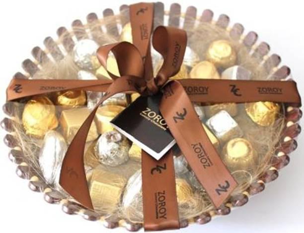 Zoroy Luxury Chocolate Chic basket with 35 chocolates Fudges