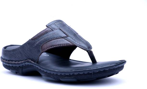 fc97d49e2899 Sandals and Floaters - Buy Sandals and Floaters Online at India s ...