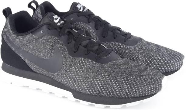 Nike NIKE MD RUNNER 2 ENG MESH Running Shoes For Men