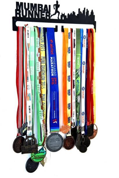 """Fitizen Mumbai Runner 18"""" Medal Hanger Medal"""