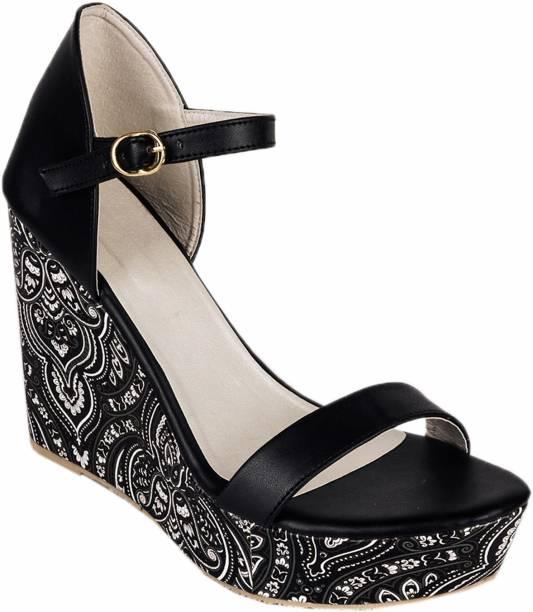 54c7cefa030f Do Bhai Womens Footwear - Buy Do Bhai Womens Footwear Online at Best ...