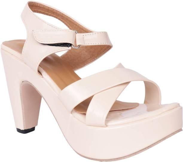 6539fa872ed Do Bhai Womens Footwear - Buy Do Bhai Womens Footwear Online at Best ...