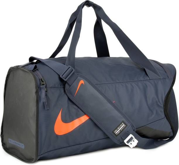 37f6515716525 Canvas Duffel Bags - Buy Canvas Duffel Bags Online at Best Prices In ...