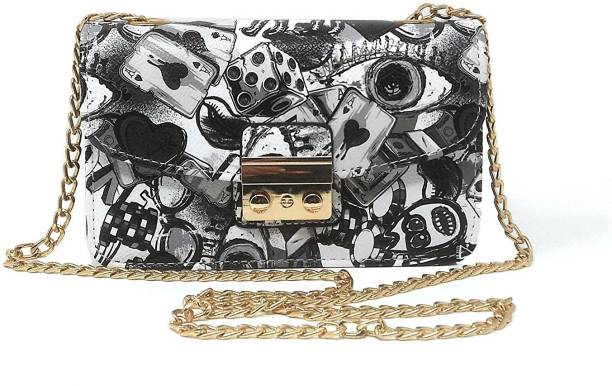 3bff91dbffb Di Grazia Handbags Clutches - Buy Di Grazia Handbags Clutches Online ...