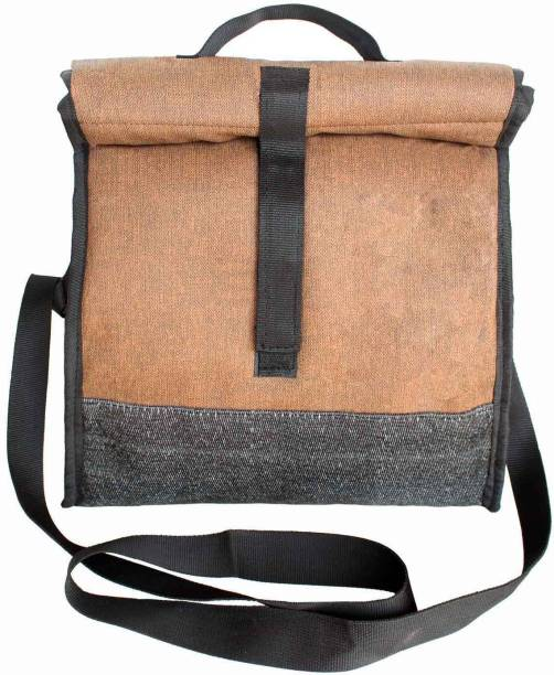 59149929bf Sling Bag Lunch Bags - Buy Sling Bag Lunch Bags Online at Best ...