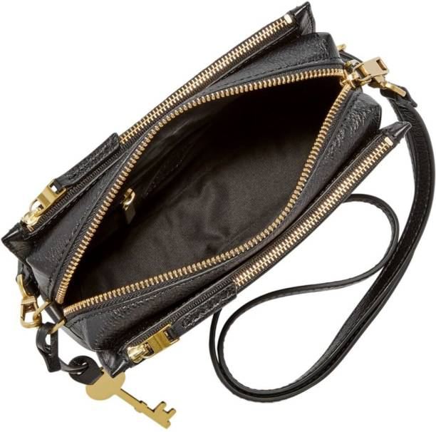 f3c94f060 Fossil Sling Bags - Buy Fossil Sling Bags Online at Best Prices In ...